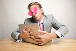 Finde interessante Chat Seiten mit dem Flirtspiegel.