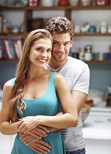 Eine Freundin finden geht ganz leicht mit dem Online Dating.