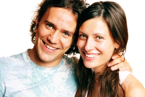 Bei einer seriösen Partnervermittlung erhältst du durch ein Matching per wissenschaftlichem Persönlichkeitstest Partnervorschläge.