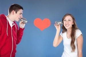Das Dating im Internet bringt viele Vorteile mit sich.
