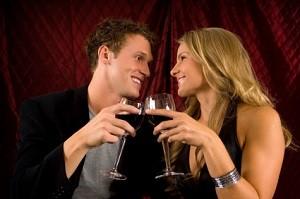Im Online Dating haben sich schon viele Paare gefunden.
